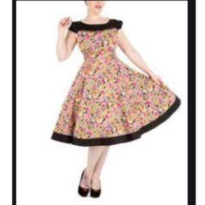 Hearts & Roses Size 10 Black-Yoked Swing Dress
